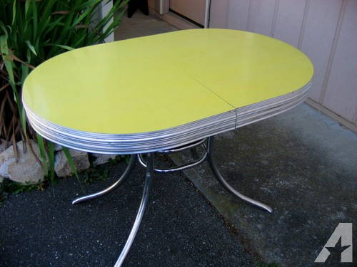 1950-s-formica-and-chrome-table-yellow-cracked-ice-oval-29-x-47-americanlisted_32106853