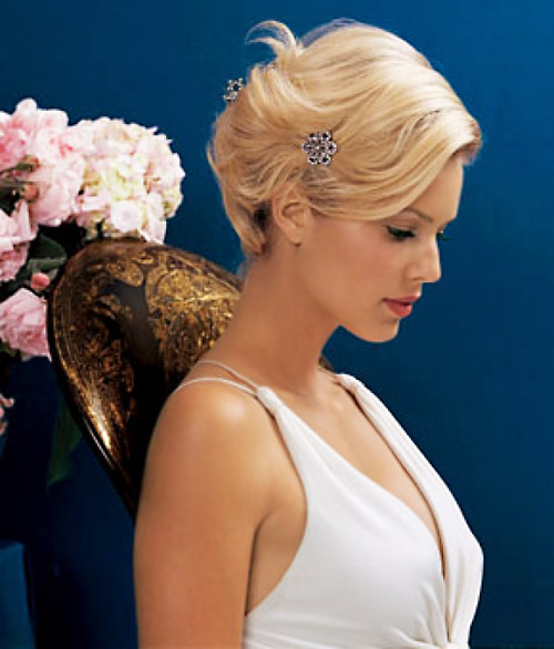 Modern-wedding-hairstyles-short-hair