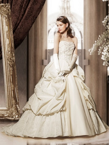 Princess-Wedding-Dresses-by-Takami-Bridal-5