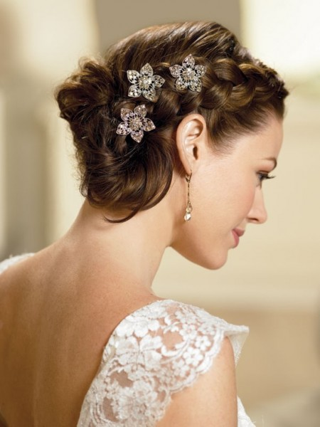 wedding-hairstyles-for-short-hair-6_exbq9r