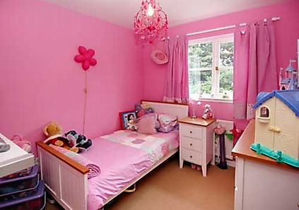 Bold-Bright-Small-Pink-Bedroom-Themes-for-Teenage-Girls-Bedroom-Paint-Decorating-Ideas