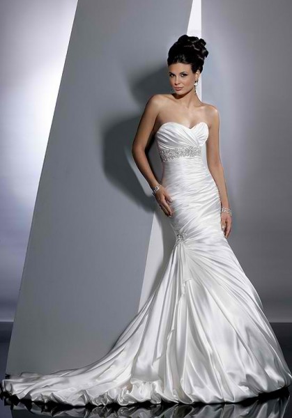 Models-Choose-Bride-Dresses