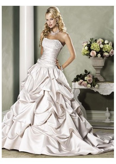 Strapless-Wedding-Dresses-stand-out-Your-Beauty-PRLog