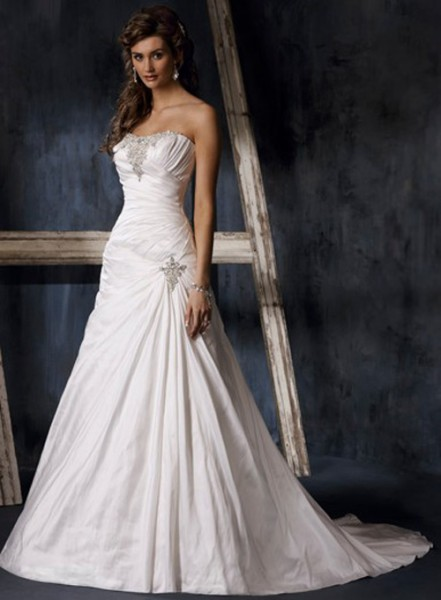 aline-strapless-wedding-dresses