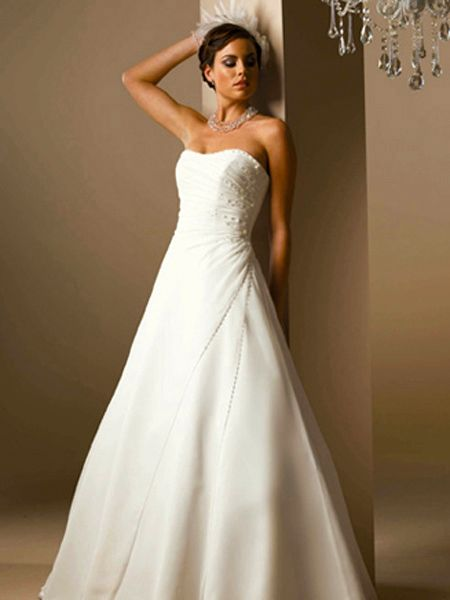 Strapless bridal gown seeur for Cheap strapless wedding dresses
