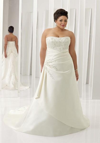 plus-size-wedding-dress-018