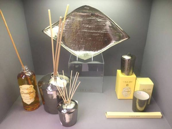 Bathroom perfume set