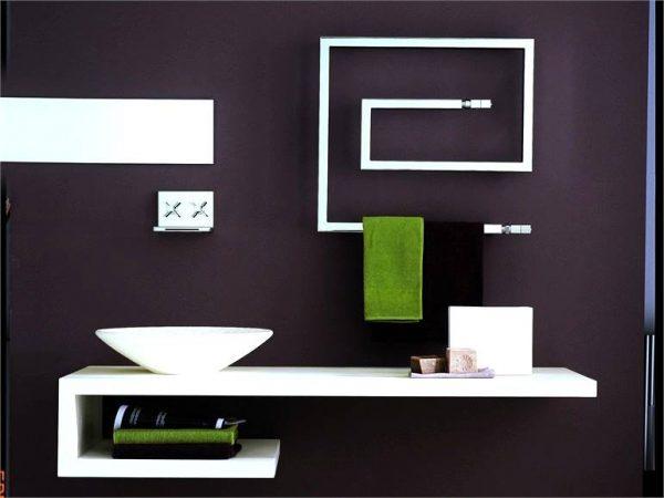 Bruna Rapisarda Snake minimal line modern bathroom with towel heater