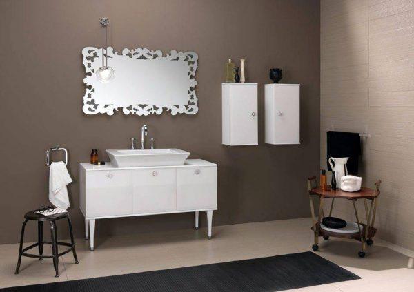 BrunaRapisarda taupe and silver theme bathroom