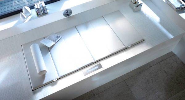 Duravit White massage space inset window