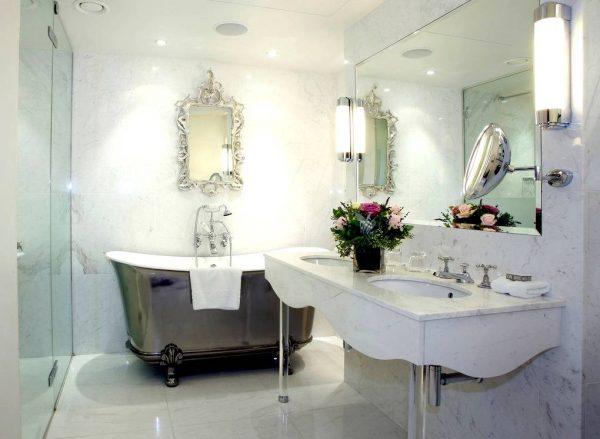 Chinese style bathroom silver bath