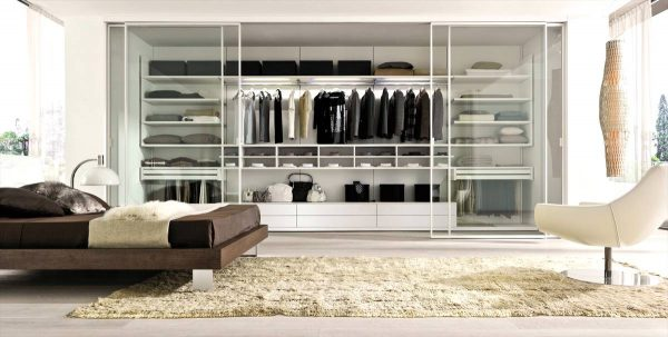 integrated wardrobe organization ideas