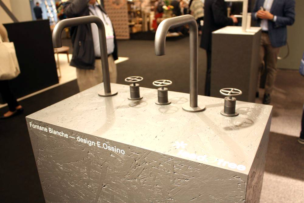 New Aesthetic Standard Designs For Bathroom Faucets Trend