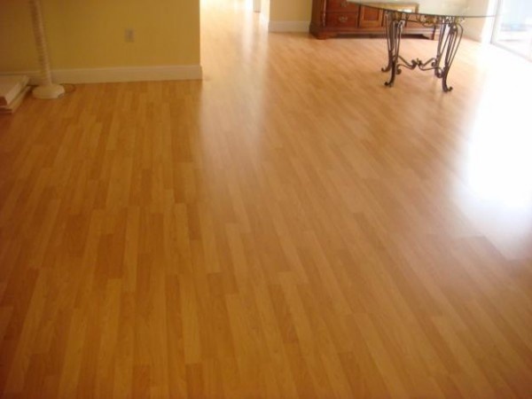 Laminate Wood Floor with Great and Attractive Design