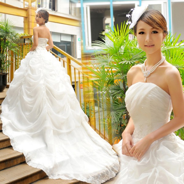 Korean-princess-wedding-dresses-women-wear-costumes-wedding-suit-clothing-skirt-large-tailing-island-in-Love