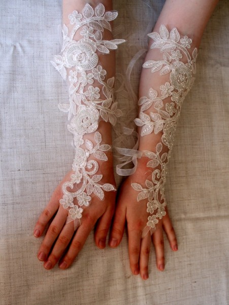black gloves for bridesmaids