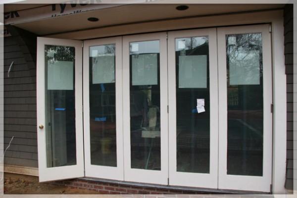 folding-patio-doors-exterior-folding-doors-glass-bi-fold-doors-with-best-decor-and-glass-patio-doors