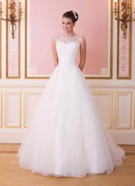 lovely-tulle-princess-bateau-natural-waist-chapel-train-bridal-gowns_IV