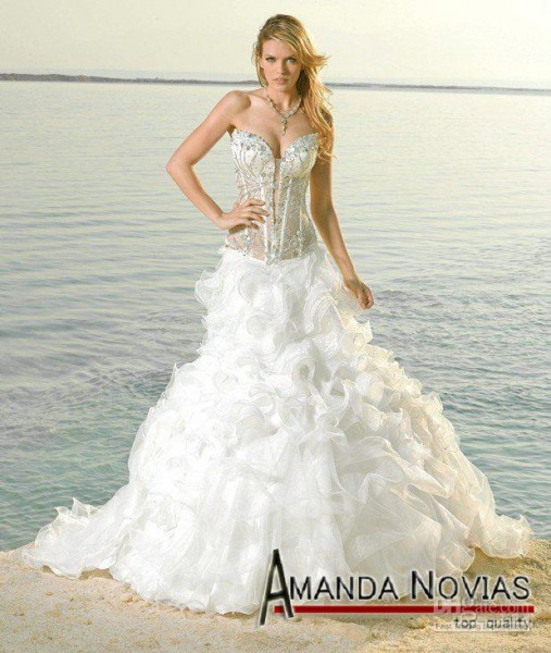 special-wedding-dresses-white-with-silver