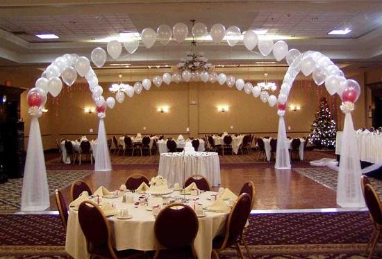 Low-Budget-Wedding-Decorations
