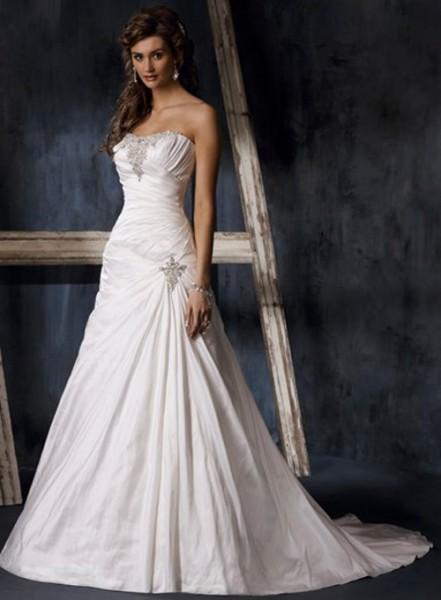 aline-strapless-wedding-dresses