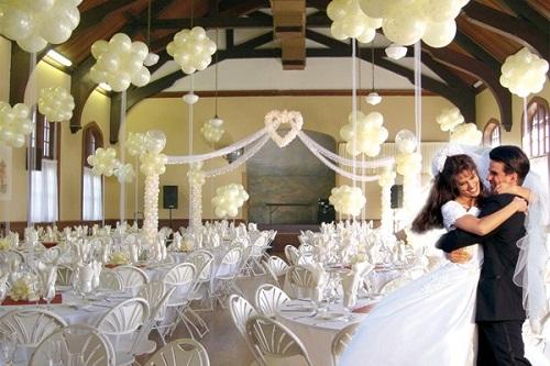 simple-indoor-wedding-decoration-ideas