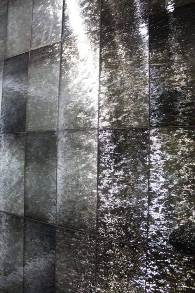 Artistic Tile Design Shiny Metallic