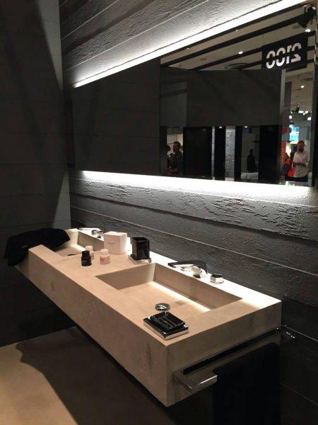 Concealed lighting system for bathroom