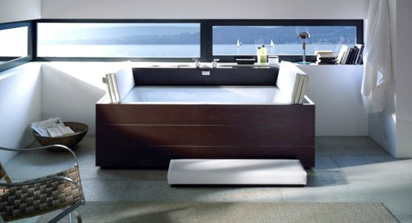 Duravit Moden wood clad bath tub with nautical views