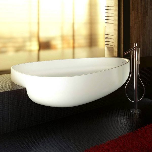 Organic shaped basin
