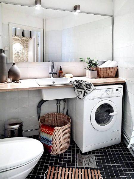 Scandinavian style practical bathroom