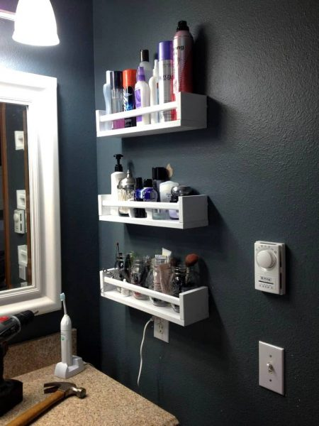 Spice rack shelves