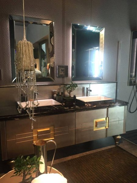 Luxury bathroom vanity for a large family